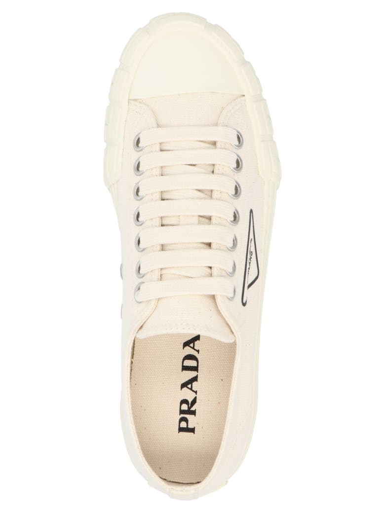 Prada 'wheel' Shoes - White