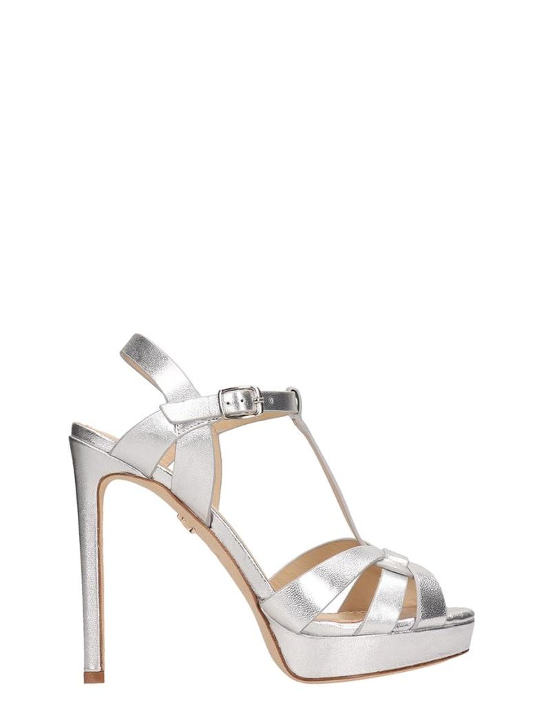 Lola Cruz Silver Leather Sandals - silver