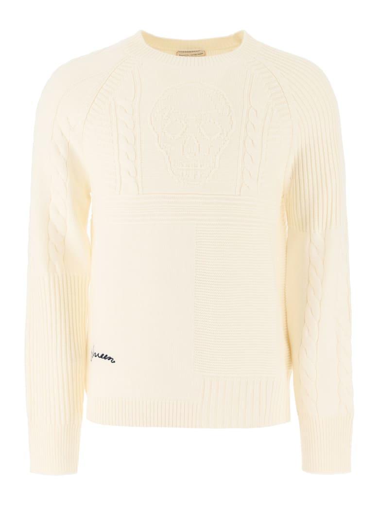 Alexander McQueen Skull Intarsia Sweater - Ivory/navy