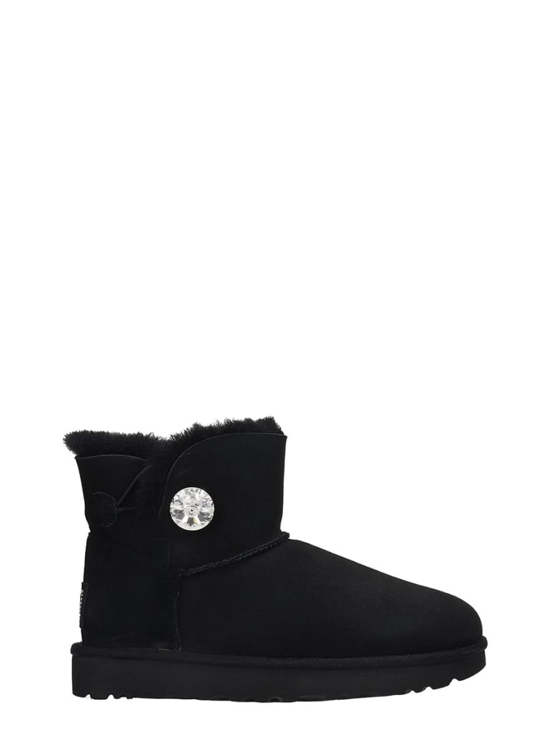 UGG Mini Bailey But Low Heels Ankle Boots In Black Suede - black