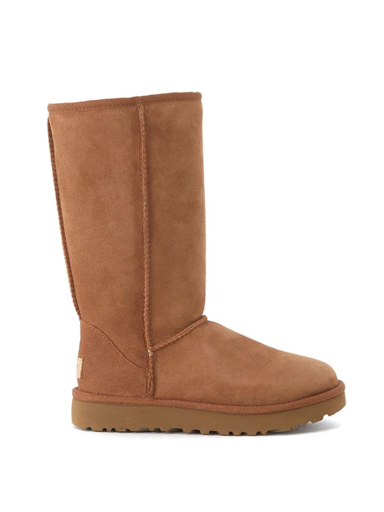 UGG Classic Ii Brown Sheepskin Boots. - MARRONE