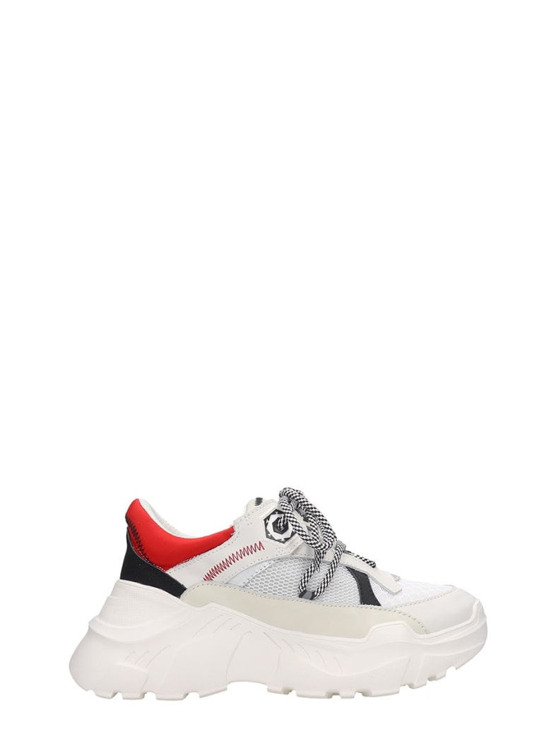 M.O.A. master of arts Sneakers In White Leather And Fabric - white