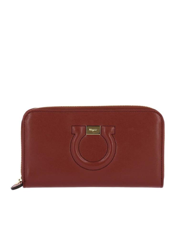 Salvatore Ferragamo Wallet Wallet Gancio City By Salvatore Ferragamo Large Continental Zip Around In Leather - brick red