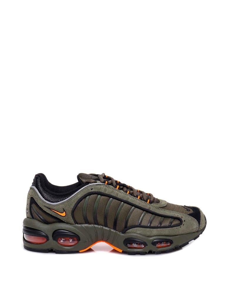 Nike Sneakers - Green