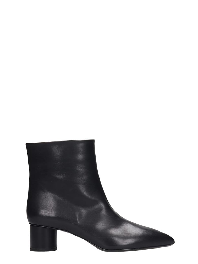 Jil Sander Ankle Boots In Black Leather - black