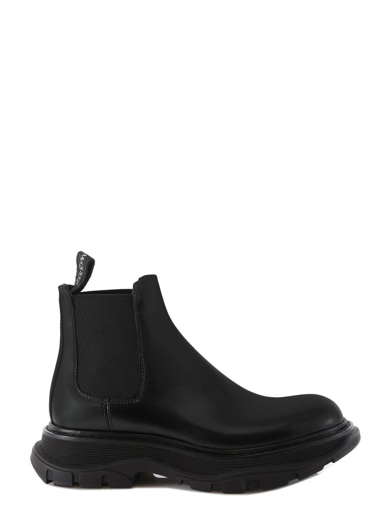 Alexander McQueen Chelsea Tread Ankle Boots - Nero