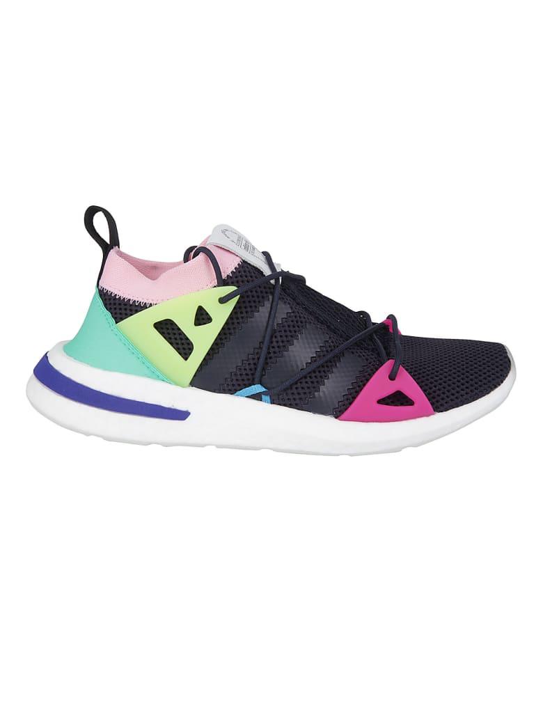 Adidas Originals Sneakers - White