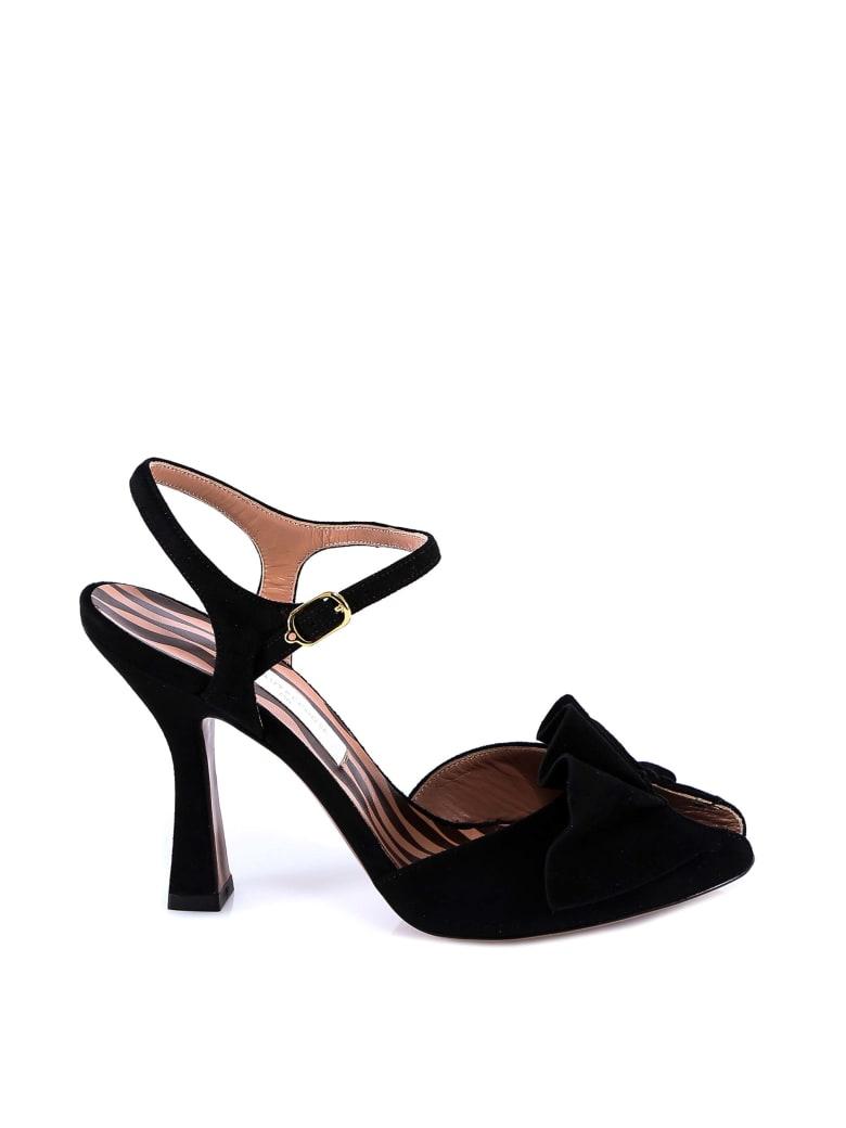 L'Autre Chose Sandals - Black