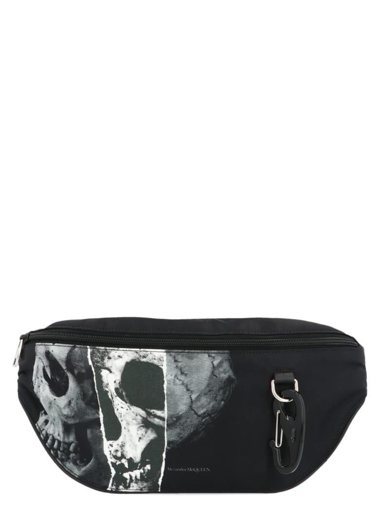 Alexander McQueen Oversize Harness' Bag - Nero e Bianco