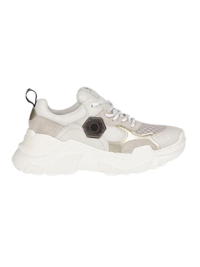 M.O.A. master of arts Superfutura Sneakers - white