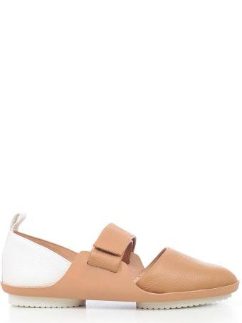 Issey Miyake Round Toe Sandals