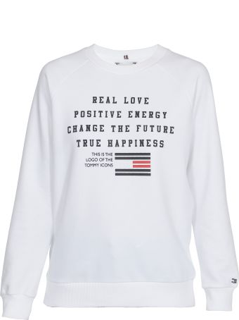 93857b0c Shop Tommy Hilfiger at italist | Best price in the market