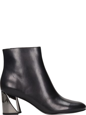 Kendall + Kylie Hadle Black Leather Ankle Boots