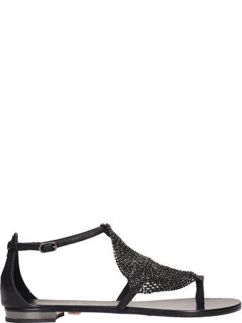 Lola Cruz Black Leather Toe Ring Sandal