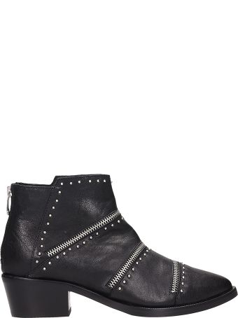 Janet & Janet Zipped Black Leather Ankle Boots