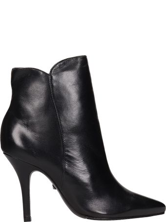 Schutz Black Leather Ankle Boots