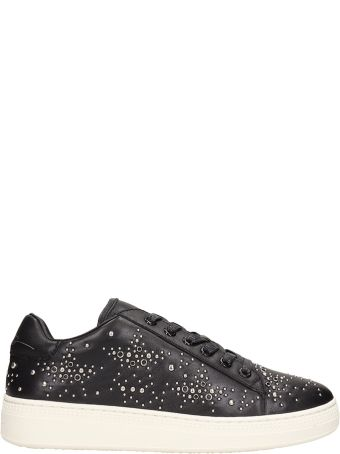 Lola Cruz Black Leather Sneakers