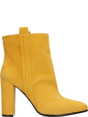 Via Roma 15 Yellow Suede Ankle Boots