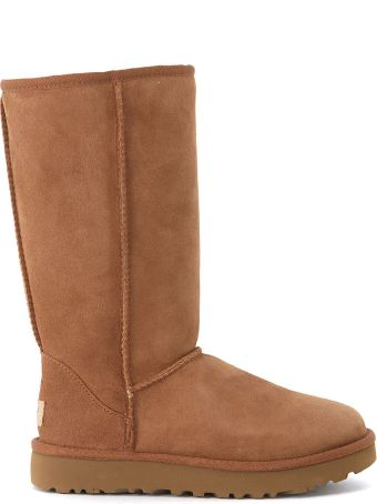 UGG Classic Ii Brown Sheepskin Boots.