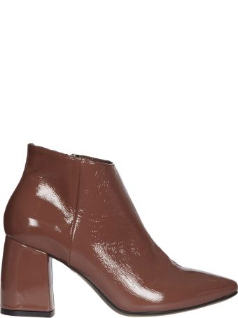 Janet & Janet Grece Ankle Boots