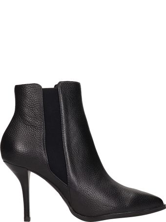 Lola Cruz Black Grained Leather Ankle Boot In