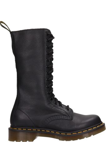 Dr. Martens 1b99 Virginia Ankle Boots