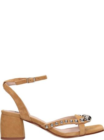 Bibi Lou Light Brownw Suede Sandals