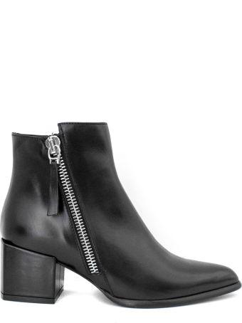 Roberto Festa Daniela Ankle Boot In Black Leather.