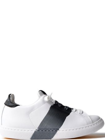 2Star Contrast Detail Sneakers