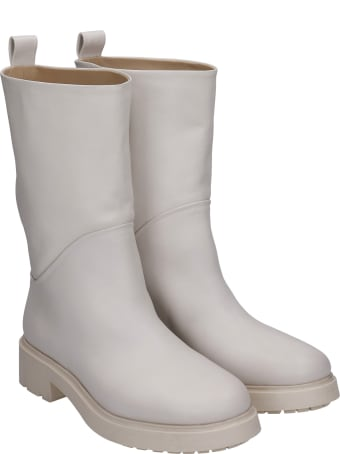Strategia Combat Boots In Beige Leather