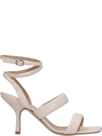 The Seller Sandals In Beige Leather