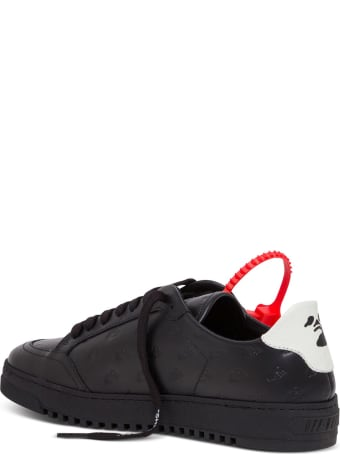 Off-White Low Leather Sneakers With Logo