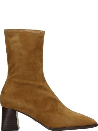 Lola Cruz High Heels Ankle Boots In Camel Suede