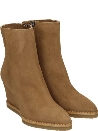 The Seller Ankel Boots Inside Wedge In Beige Suede