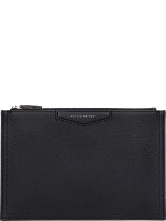 Givenchy Antigona P M Clutch In Black Leather