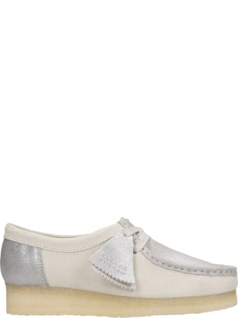 Clarks Wallabee  Lace Up Shoes In Silver Suede And Leather