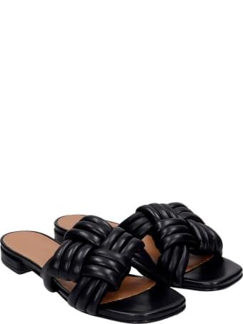 Julie Dee Flats In Black Leather