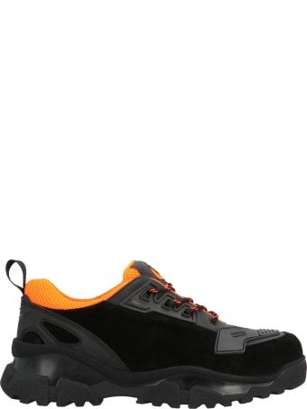 Noova Shoes