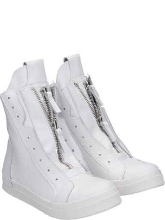 Cinzia Araia Sneakers In White Leather