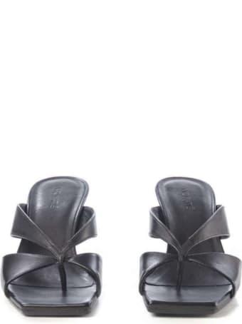 Vic Matié Vic Matie' Black Sandals