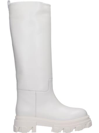 Gia X Pernille Teisbaek Perni 07 Low Heels Boots In White Leather