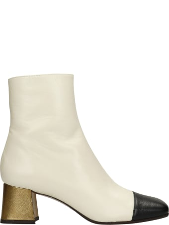 Chie Mihara Volkiria High Heels Ankle Boots In Beige Leather
