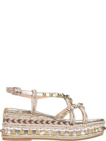 Alma en Pena Sandals With Studs