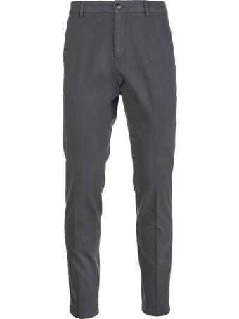 Cruna Man Marais Slim Fit Trousers In Anthracite Stretch Cotton Gabardine