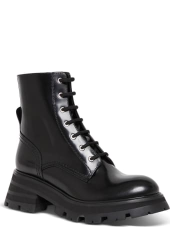 Alexander McQueen Wander Ankle Boots In Black Leather