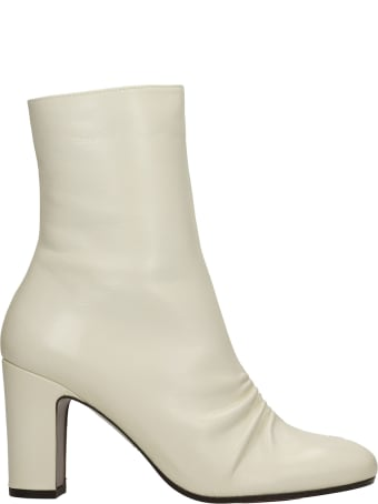 Chie Mihara Waura High Heels Ankle Boots In Beige Leather