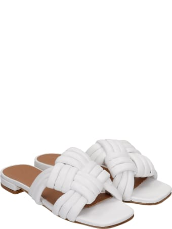 Julie Dee Flats In White Leather