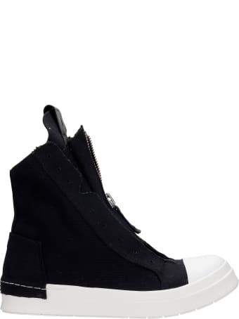 Cinzia Araia Sneakers In Black Canvas