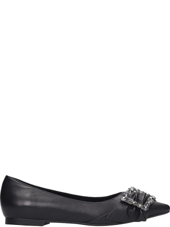 Lola Cruz Ballet Flats In Black Leather