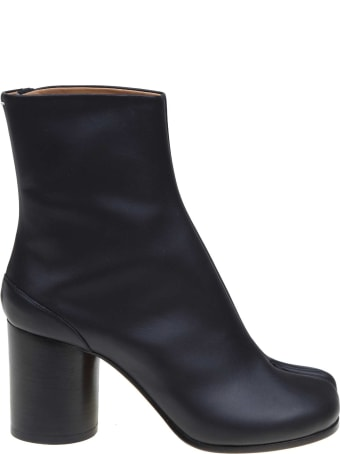 Maison Margiela Tabi Ankle Boots In Black Leather